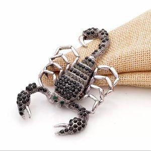 Rhinestone Silvertone scorpion brooch pendant